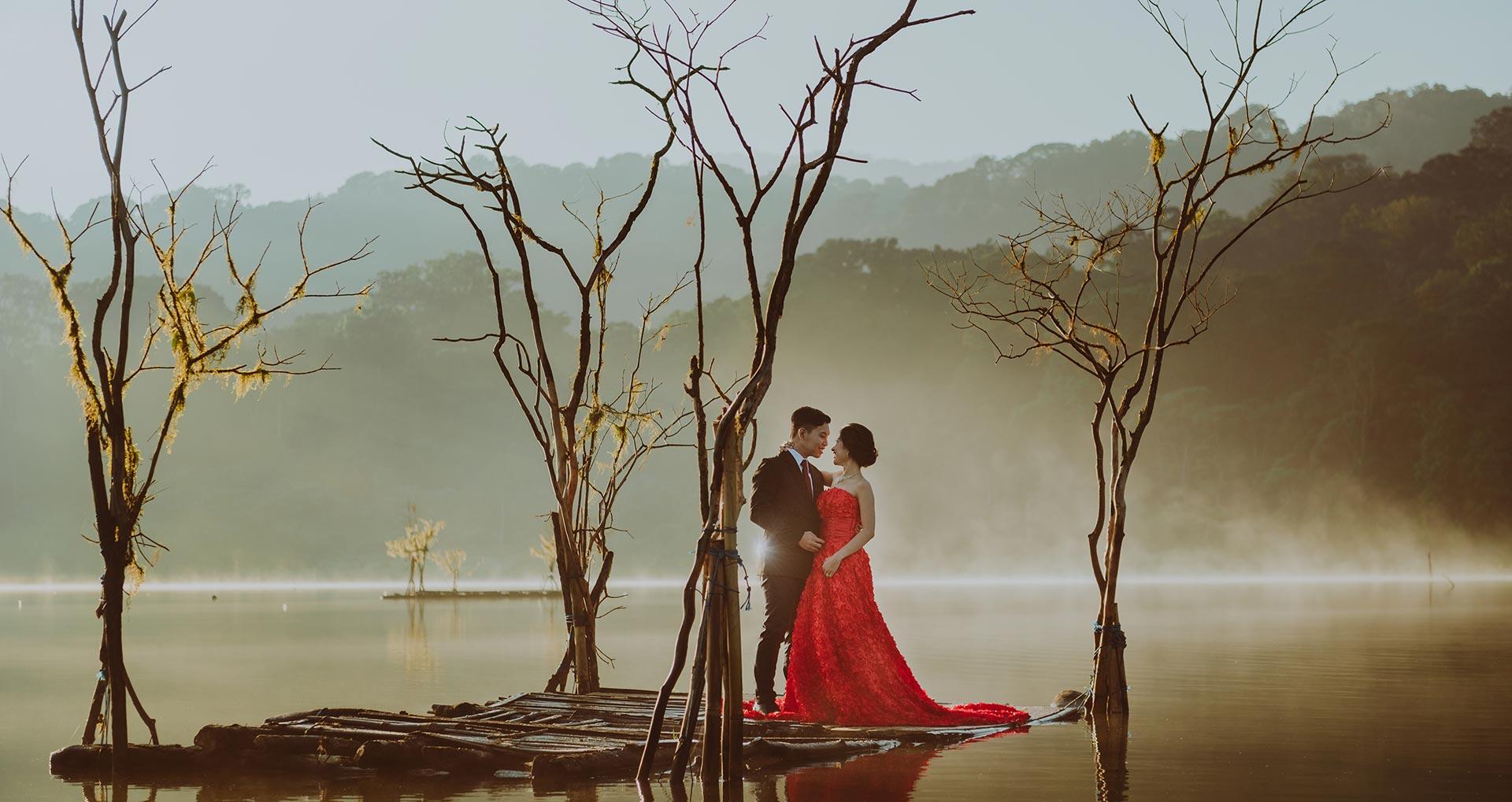 Bali Pre Wedding Photographer Tamblingan